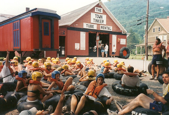 Town Tinker Tube Rental – Phoenicia New York in the Catskill Mountains