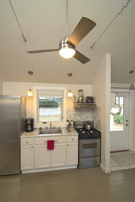 cg Cottage Kitchen 1sm